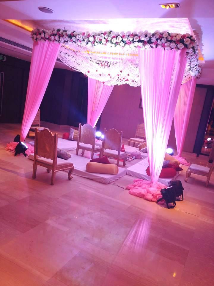wedding mandap design in pink