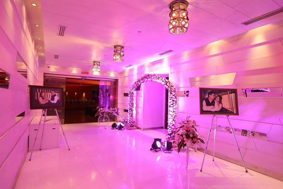 wedding theme decor and lighting