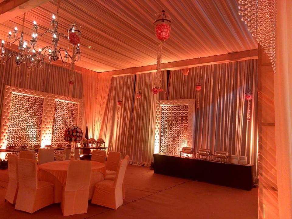 orange theme wedding lighting