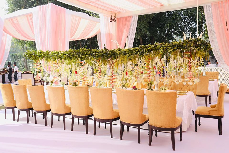 colour combination for wedding decoration