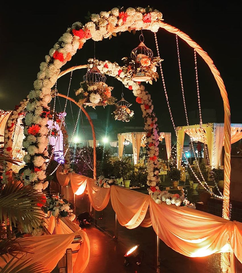 white and red flower entrance gate decoration