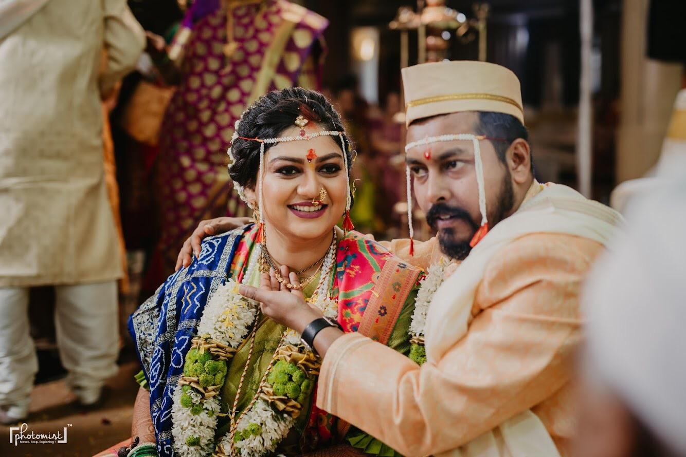 Maharashtrian couple at their wedding
