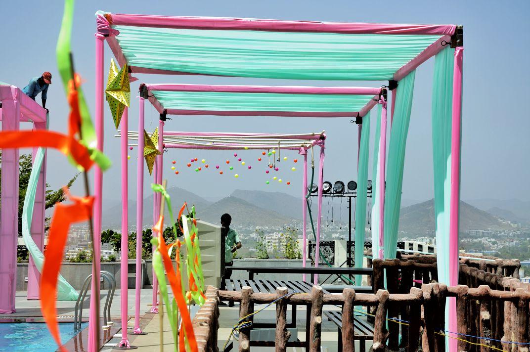outdoor pastel decor