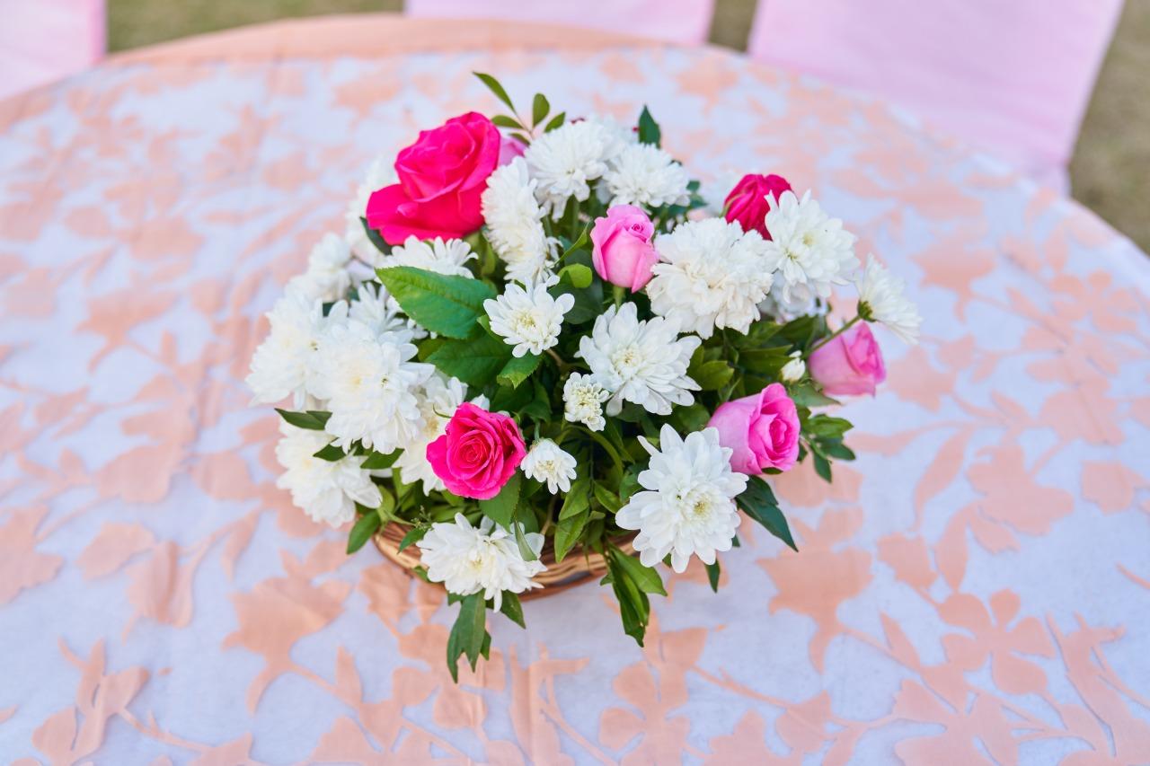 floral table center piece