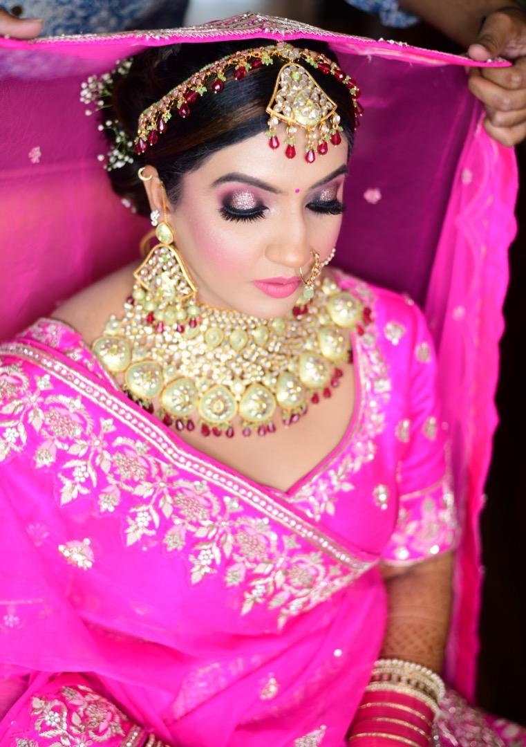 bridal makeup with stunning eye makeup