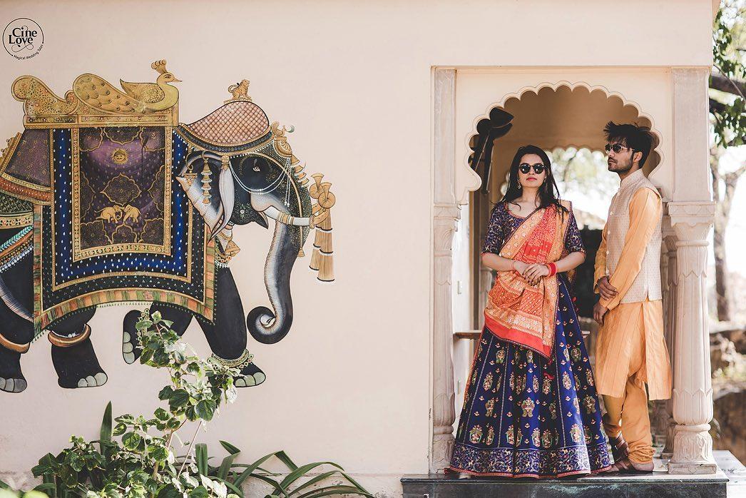 Royal Pre Wedding Couple Photo-shoot at a Palace
