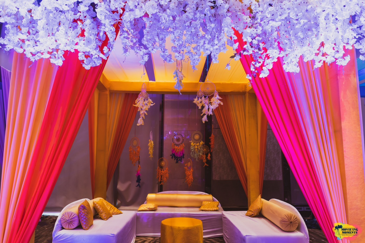 Colour themed wedding decor