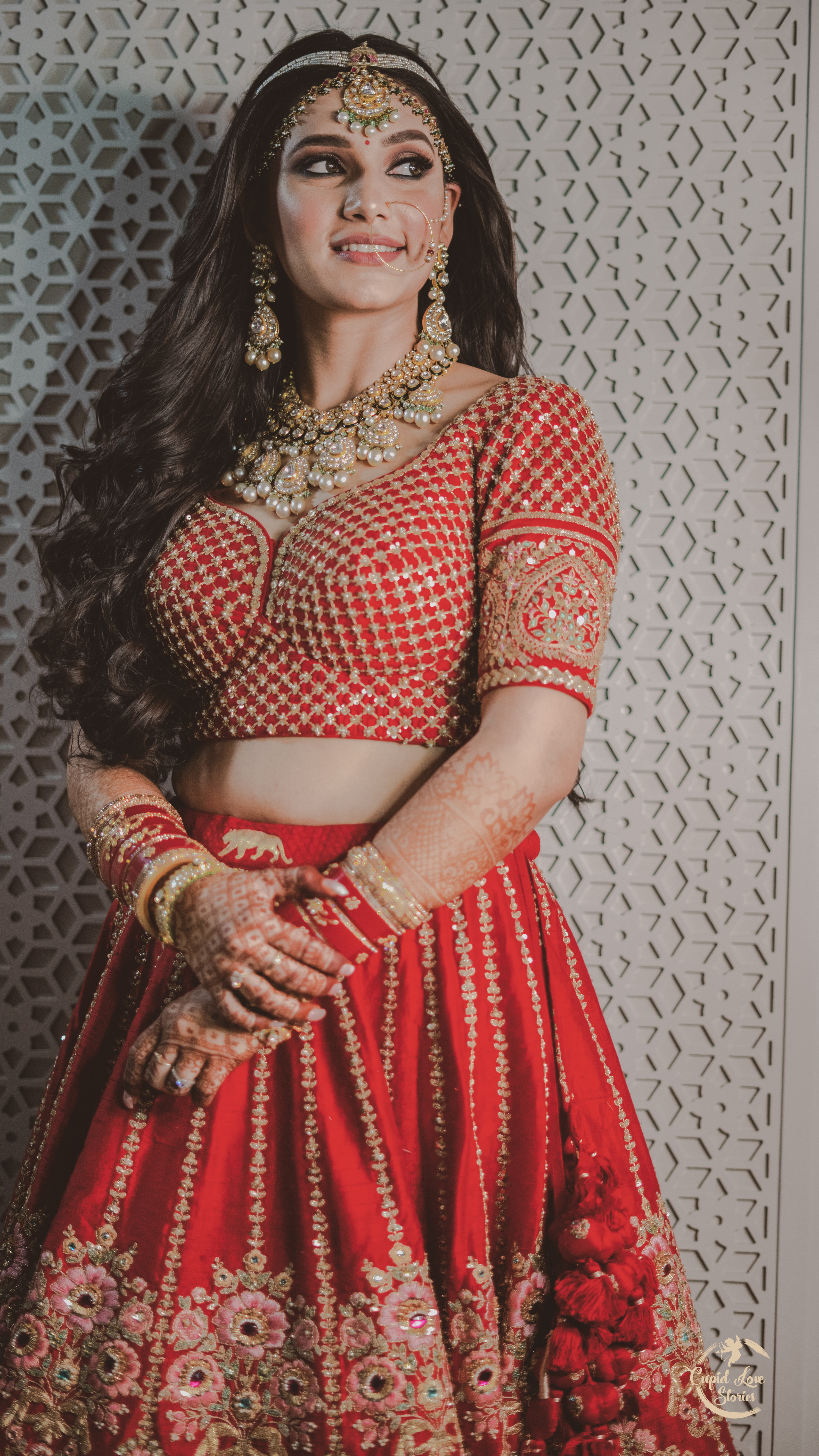 Aesthetic photo of Indian bride