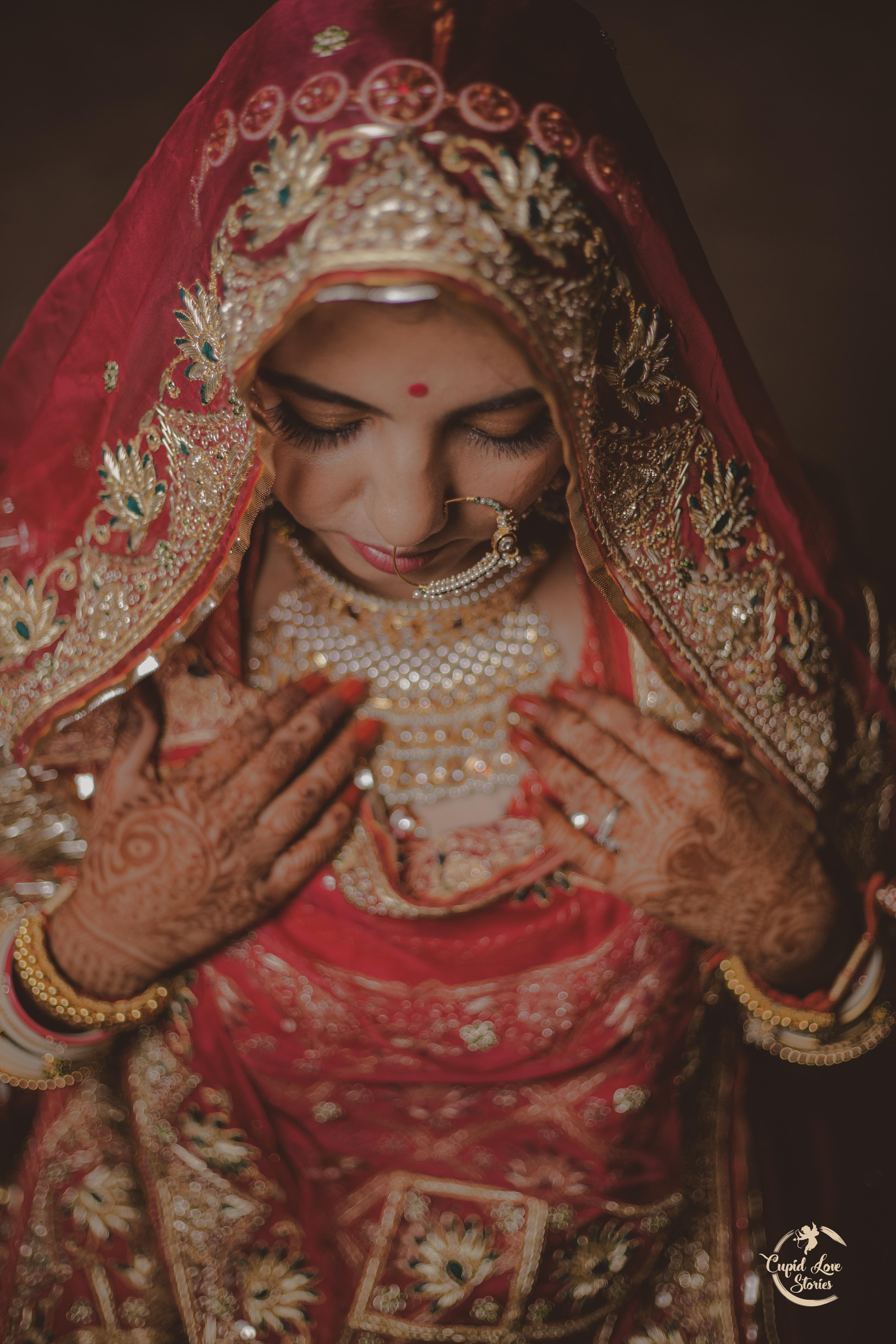 Gorgeous Indian bride in Red Lehenga