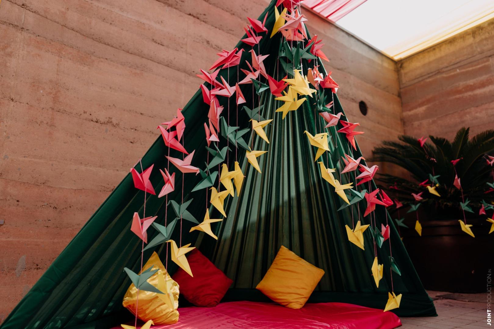 green canopy wedding decor