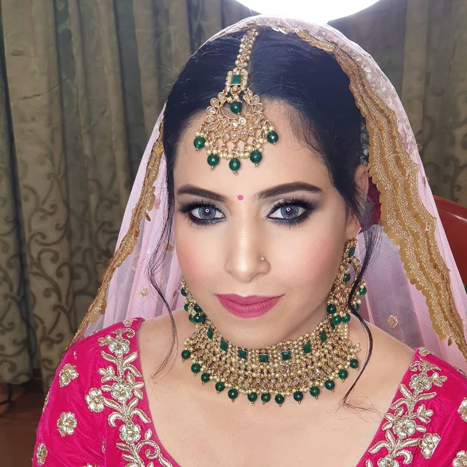 Golden and Dark Green Bridal Jewelry