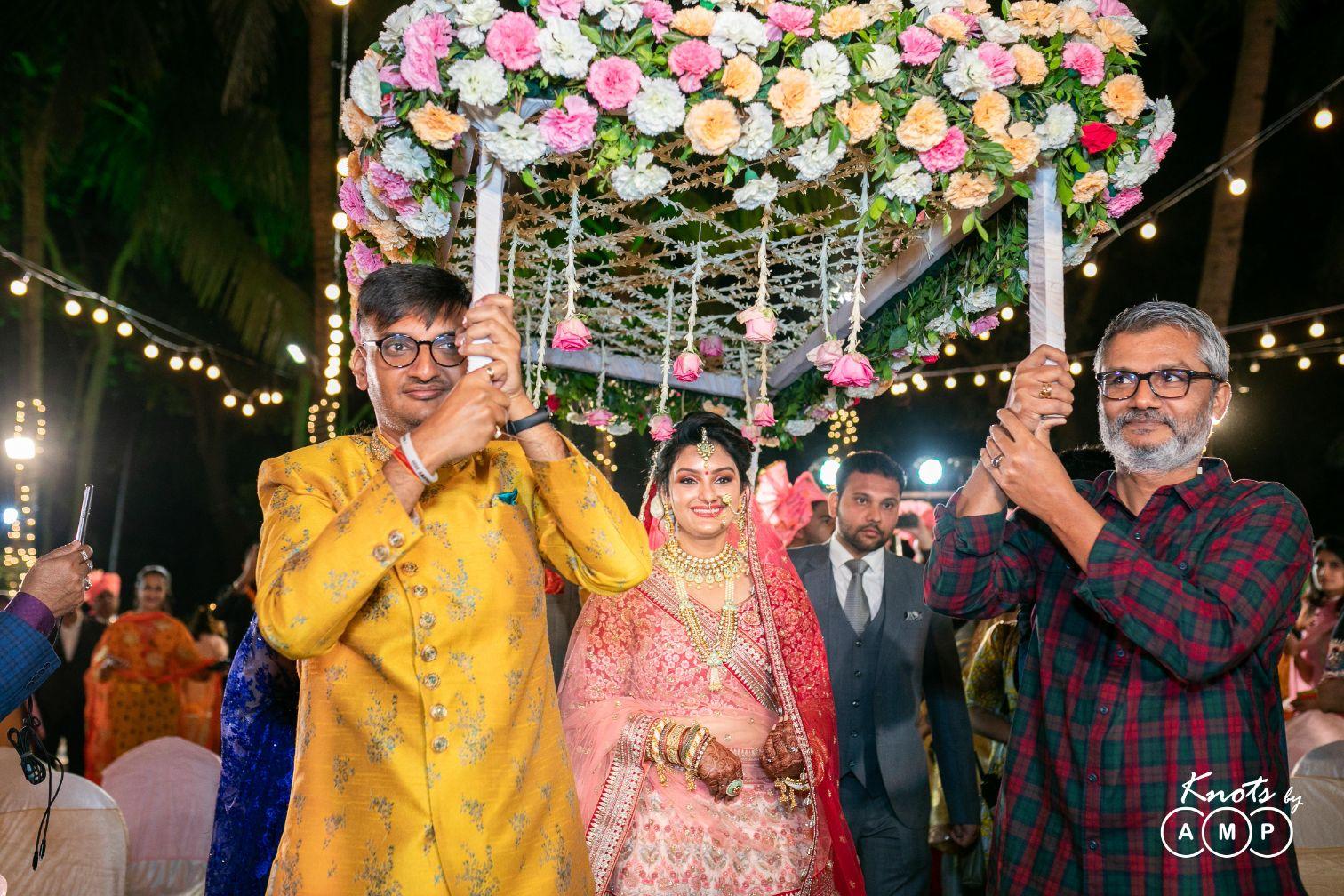 Bridal Entry in Phoolon Ki Chaadar