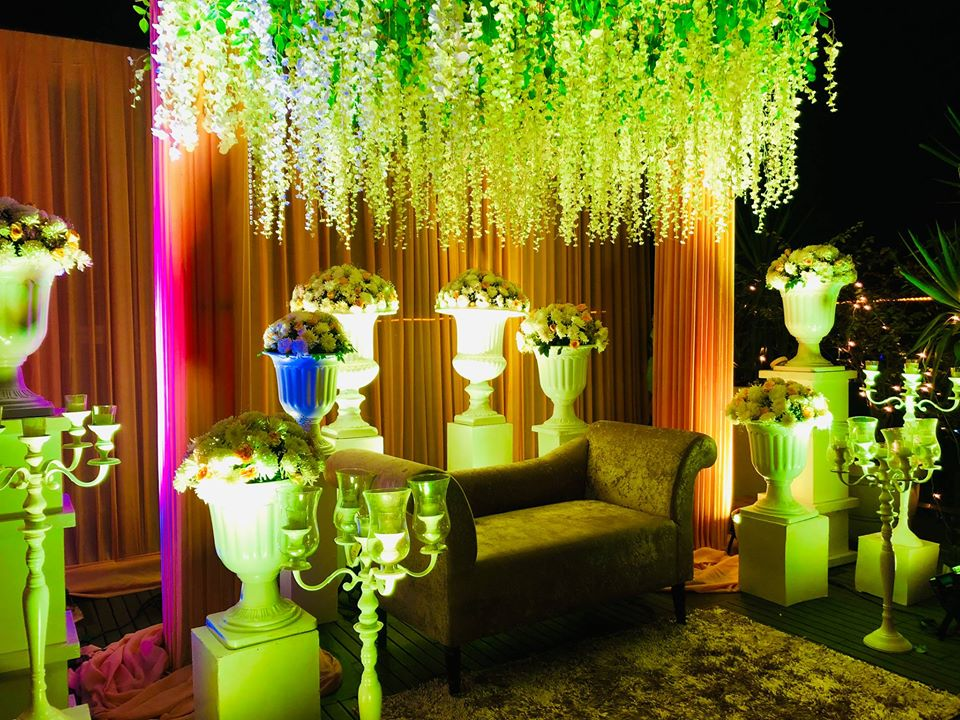 floral reception hall decoration