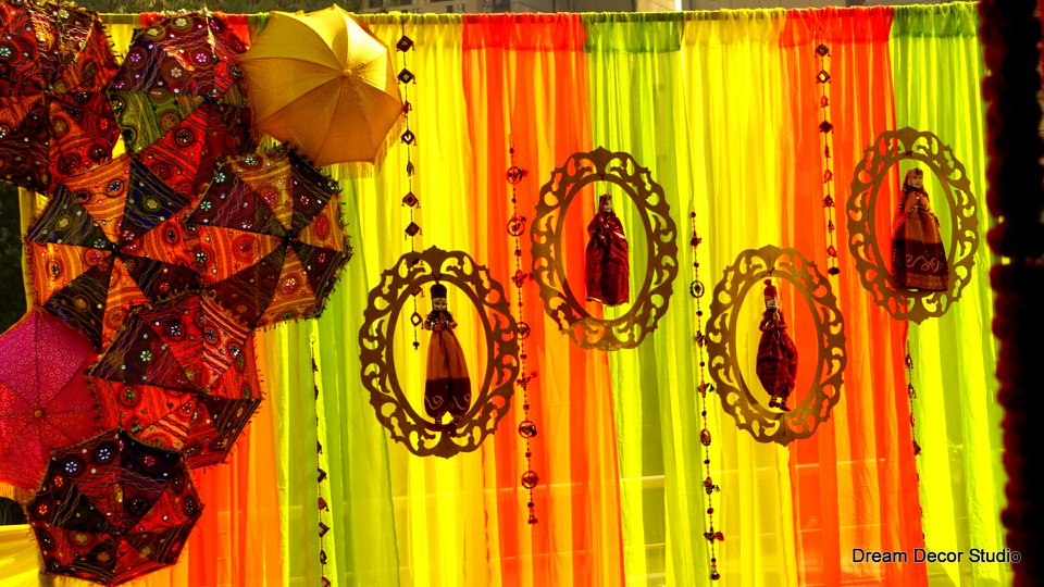 puppets mehendi decoration ideas