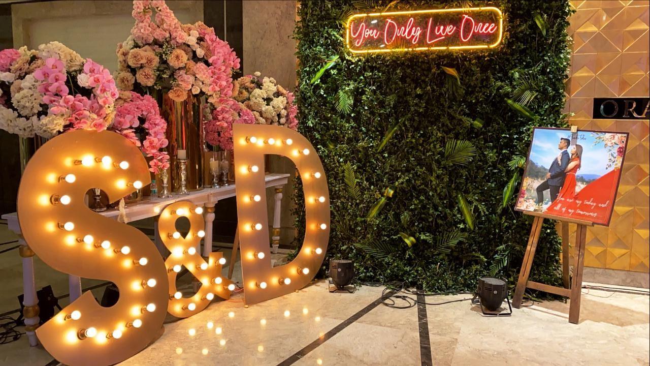 Wedding Photobooth Decor