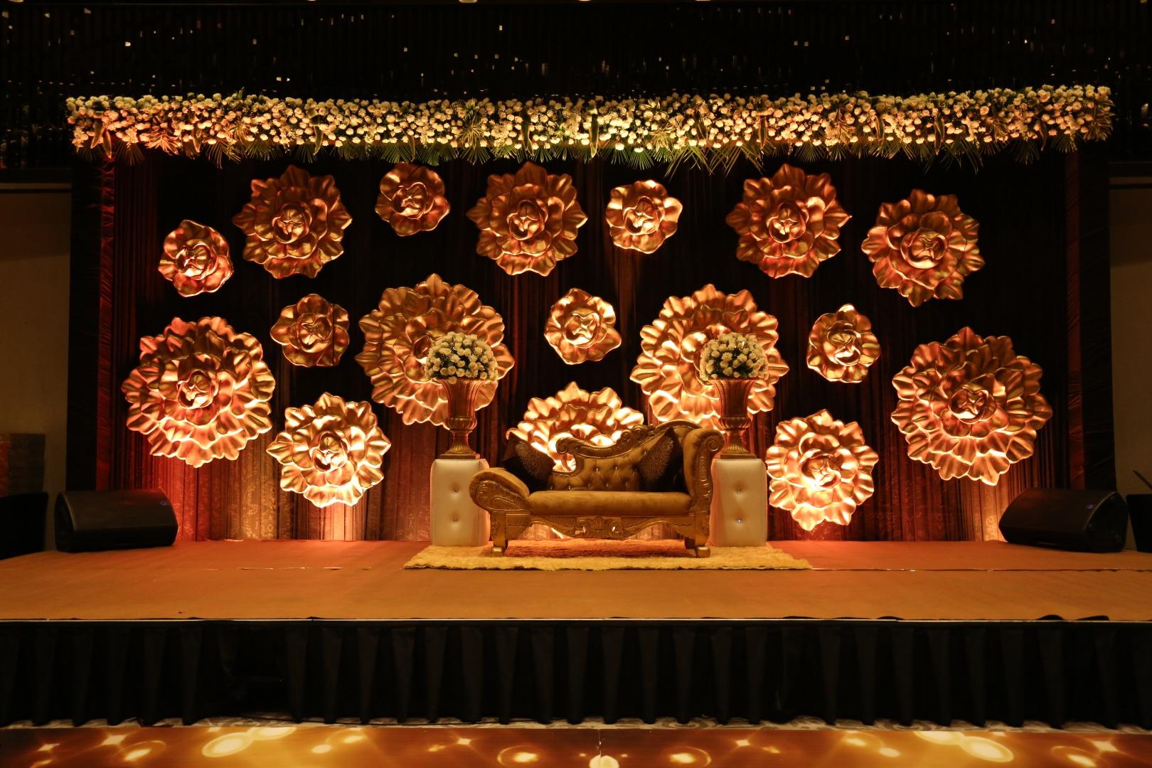 Breathtaking Floral Wedding Stage Decor