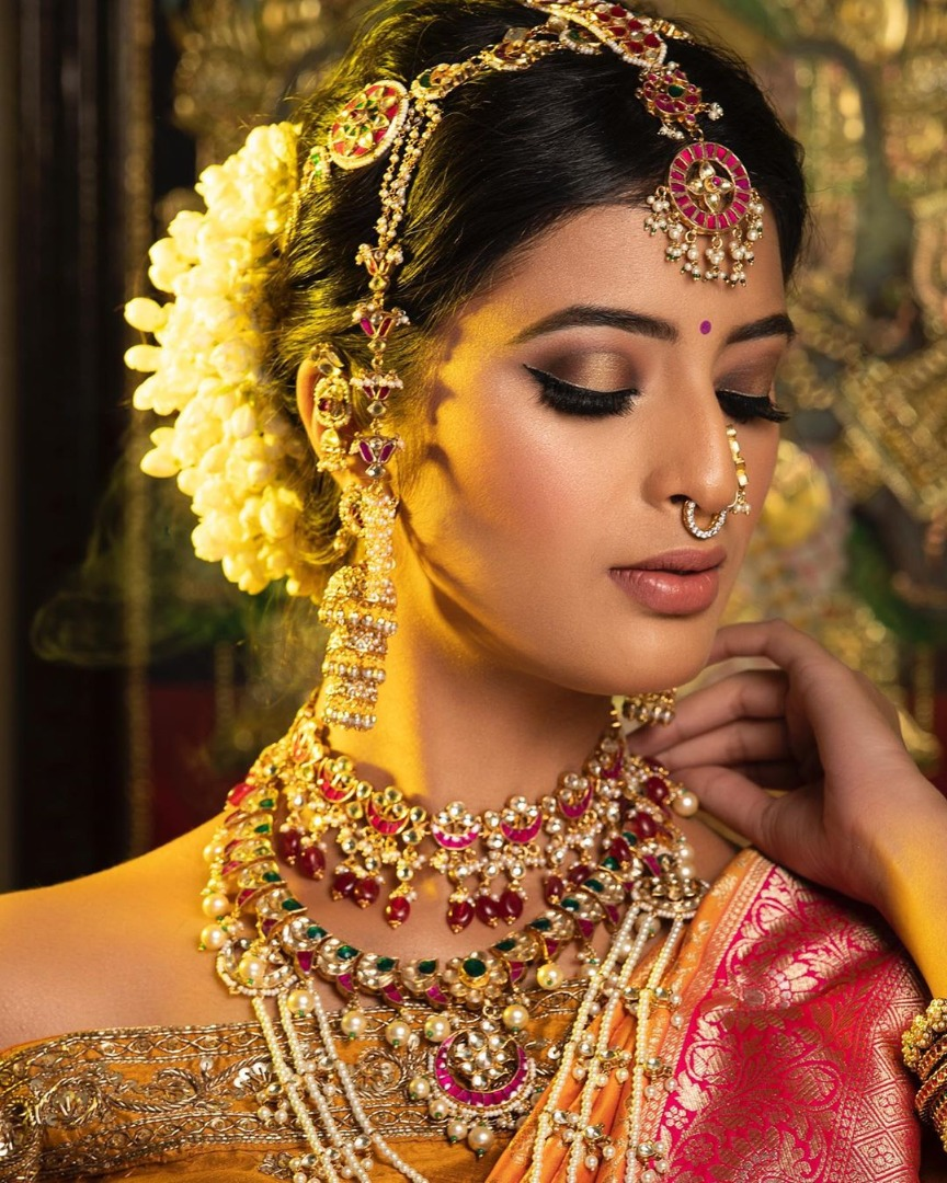 Traditional Wedding Makeup of Gorgeous bride
