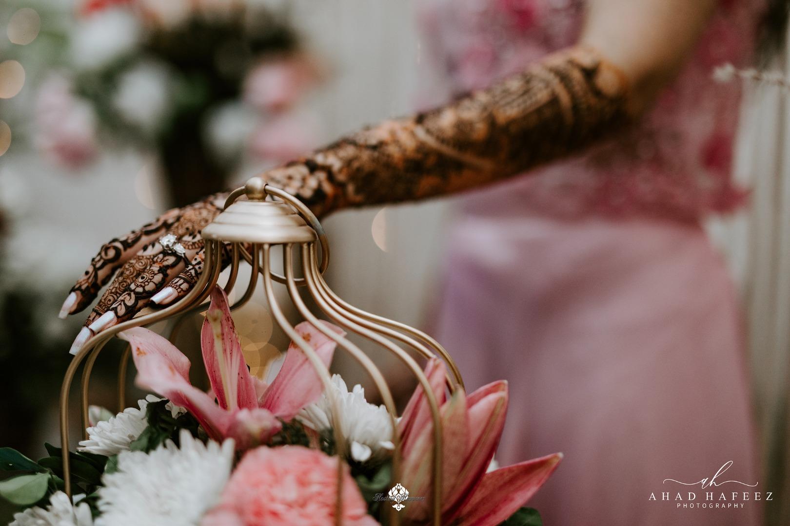 aesthetic shot of the bridal mehendi