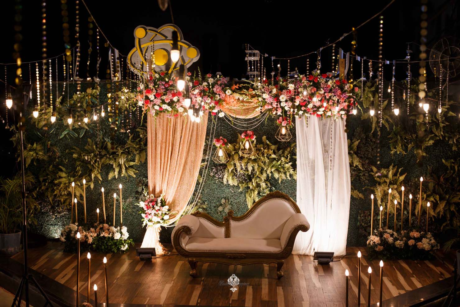 stunning floral seating decor