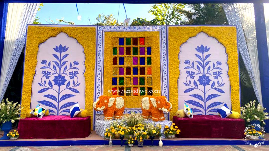 beautiful marigold wedding décor
