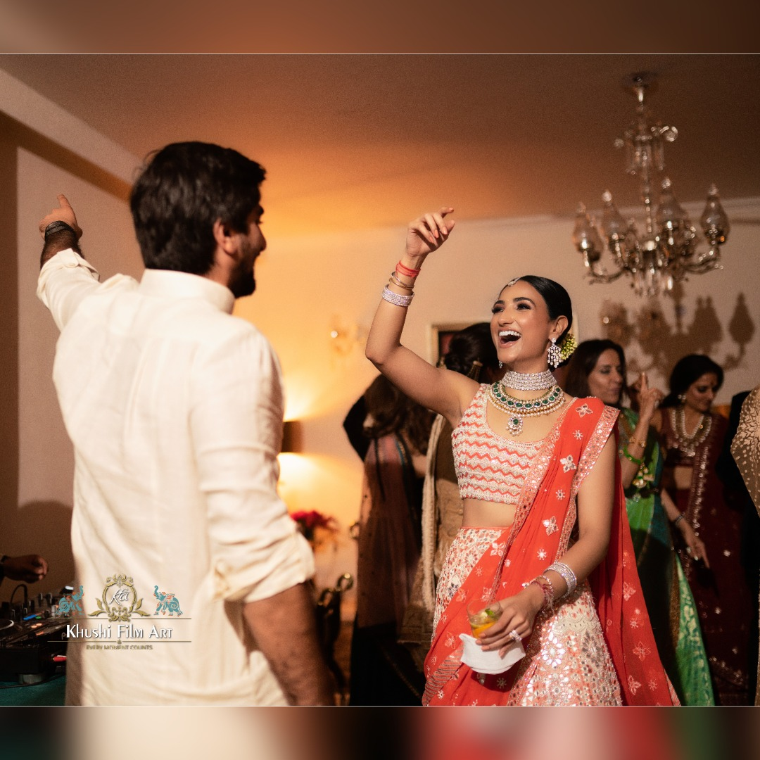 bride dances with the groom
