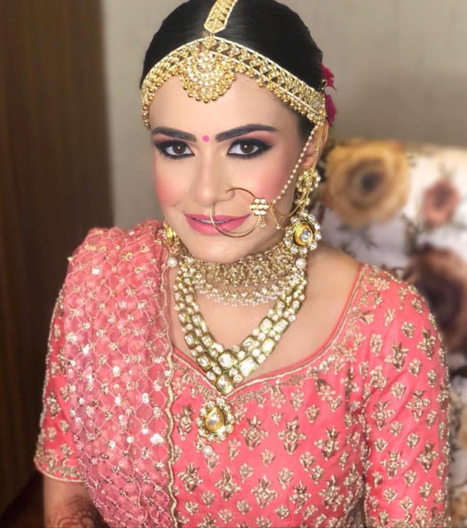punjabi bride in natural pink bridal makeup