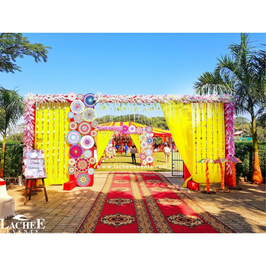 vibrant outdoor wedding decor