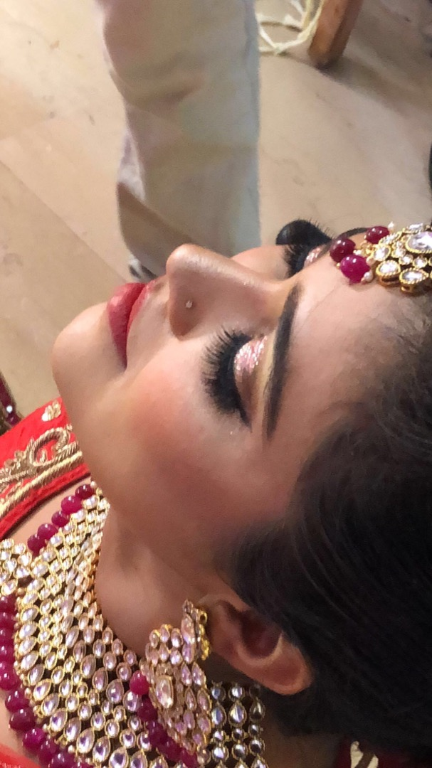 Glitter Eyes & Red Lips Makeup