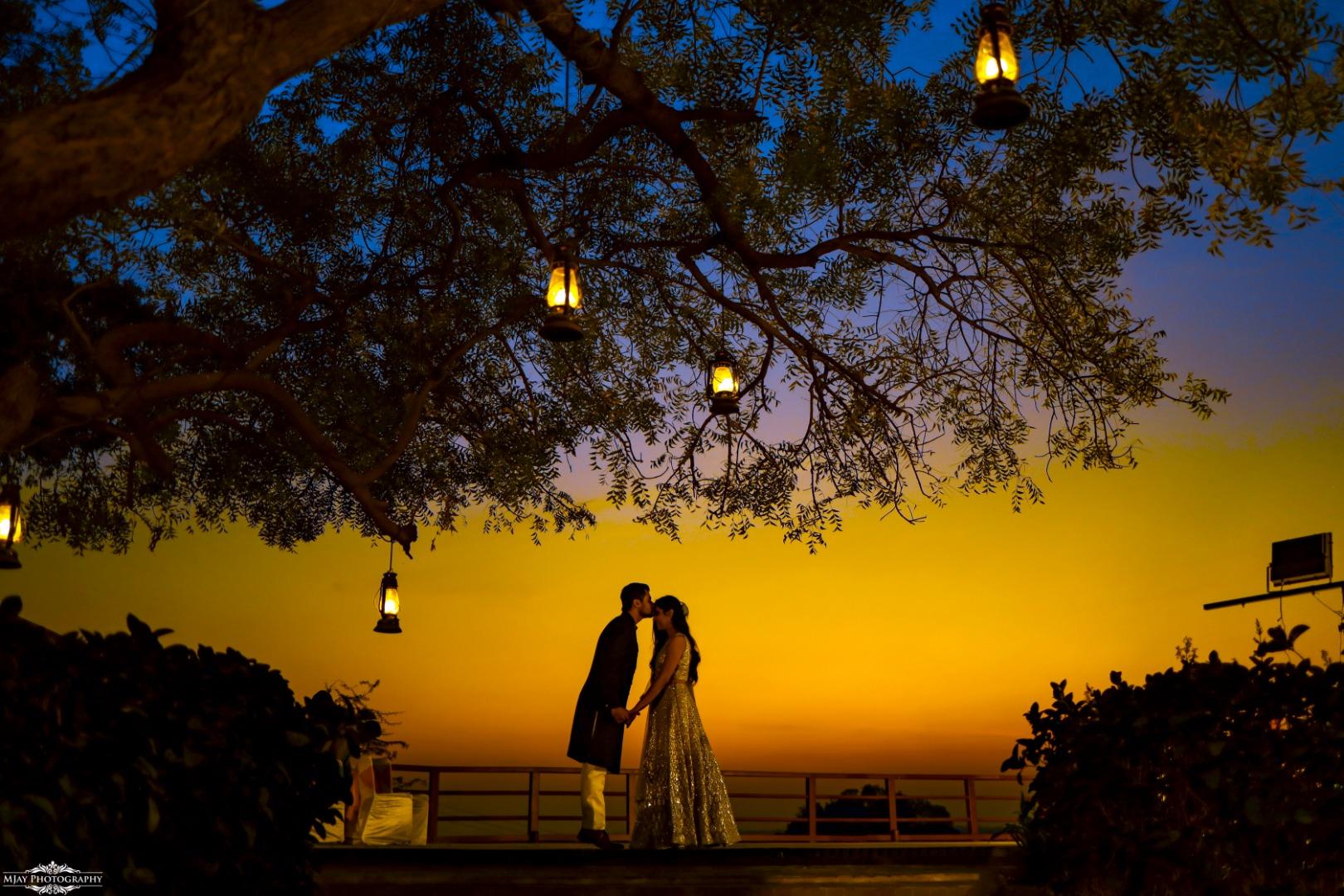 Evening Couple Pre Wedding Photoshoot with Lanterns