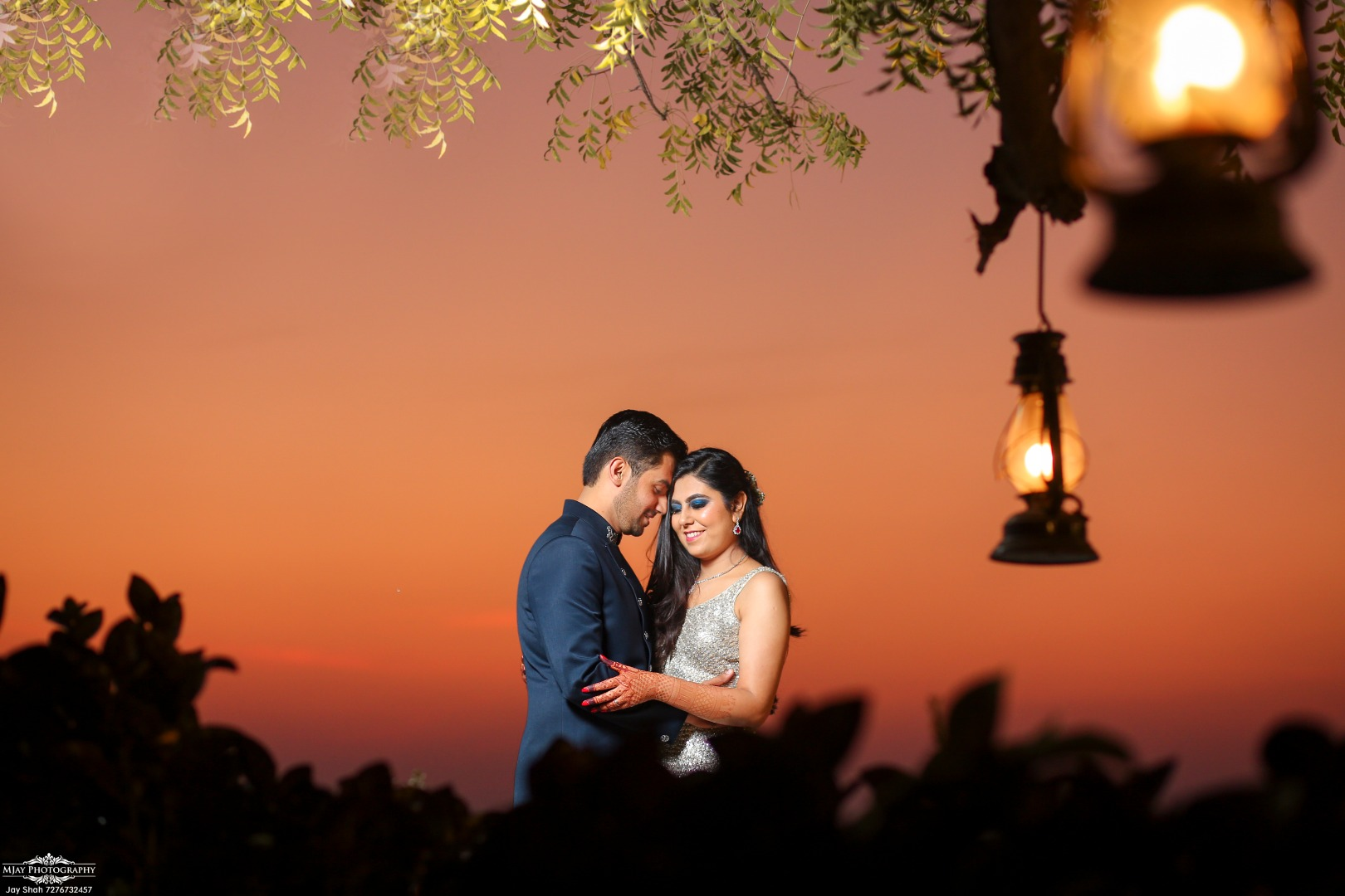 Bride & Groom Pre Wedding Portrait Evening Picture