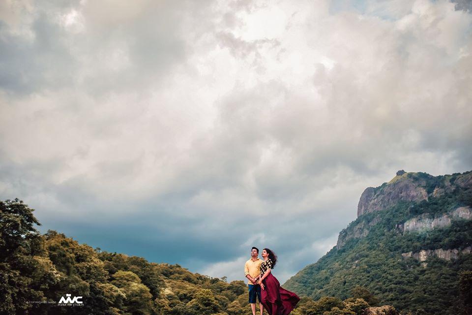 Couple Pre Wedding Photoshoot on Mountains