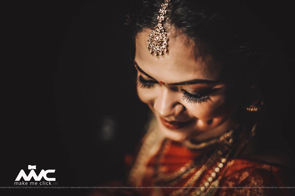 South Indian Bride Solo Portrait Picture