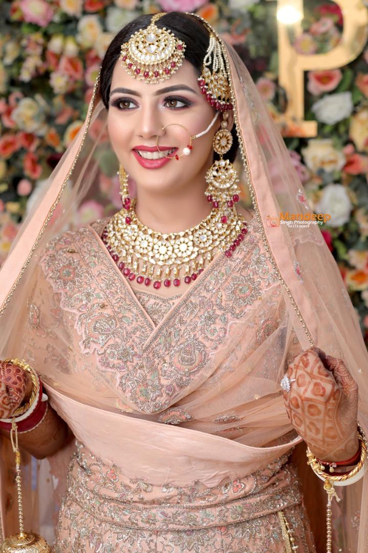 punjabi bride in pink natural makeup