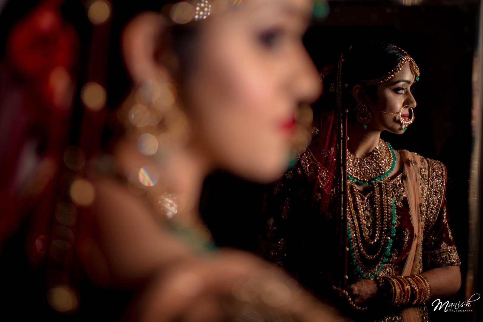 Unique Indian Bridal Pose Ideas