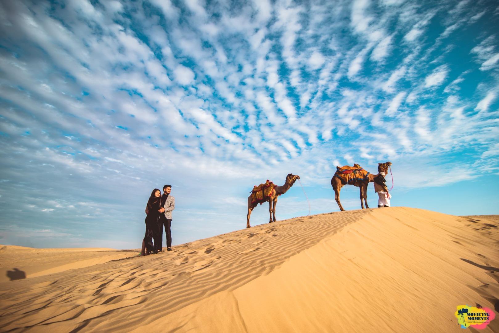 pre wedding shoot in a desert