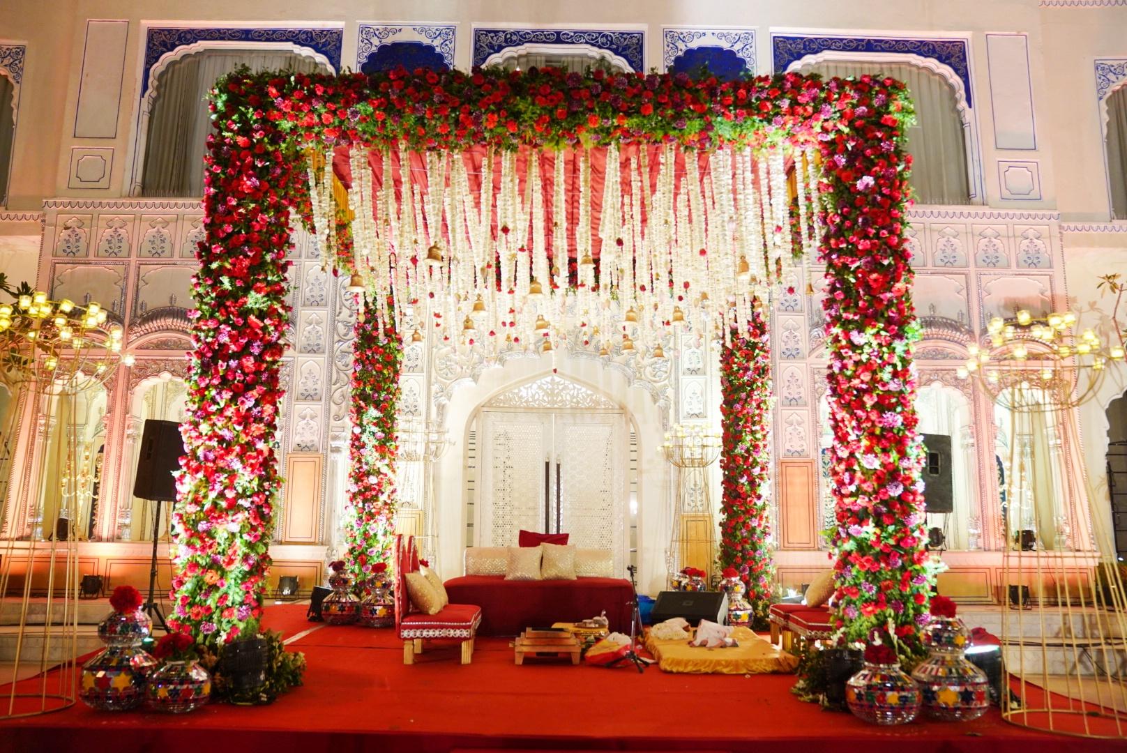 rose mandap decor