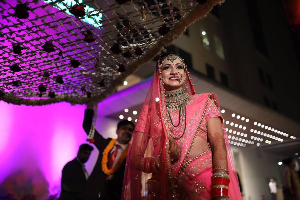 Bridal Entry Phoolon ki Chaddar