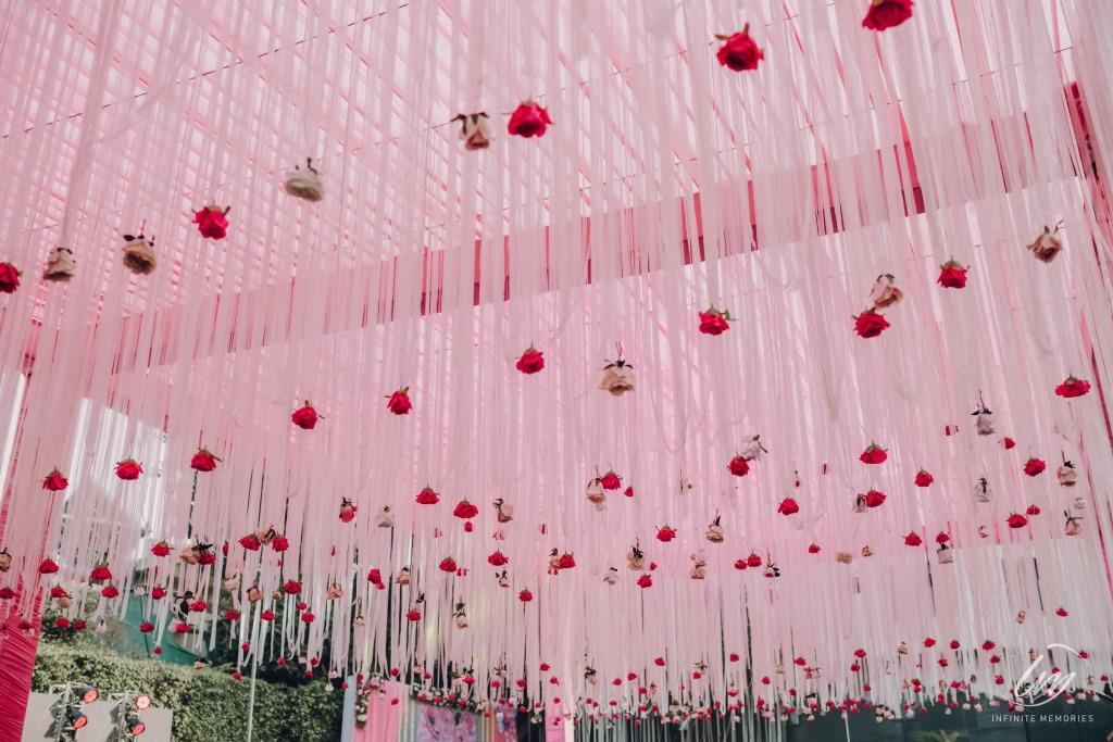 Pink themed wedding decoration