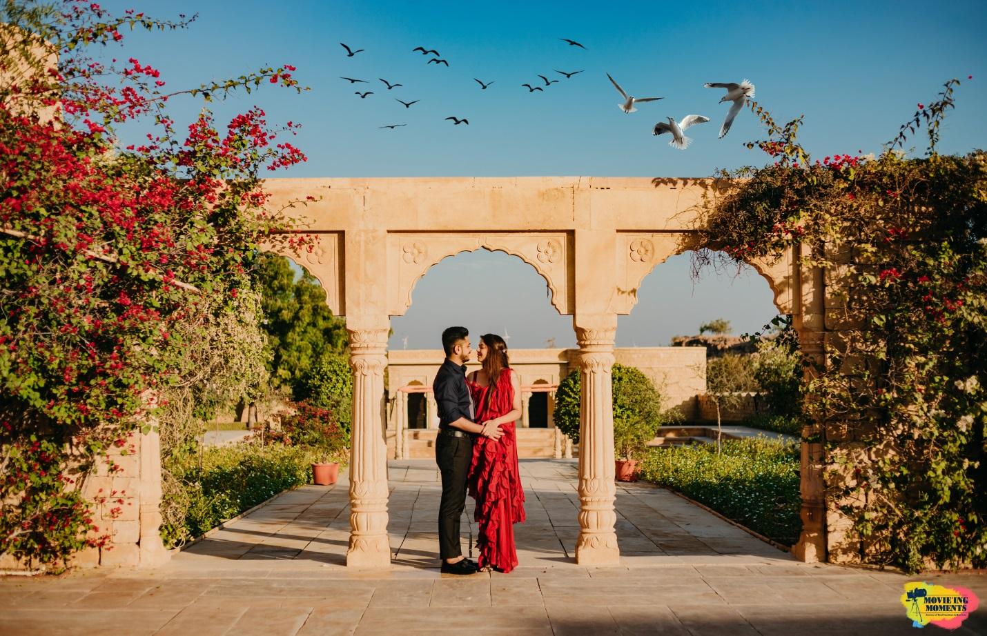 Prewedding shoot in saree