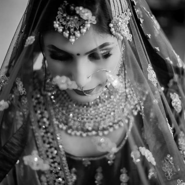Stunning Black and White Bridal Portrait