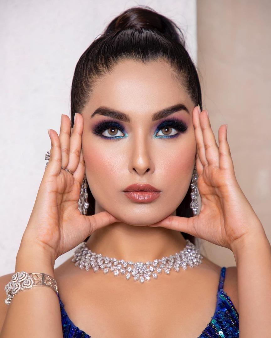 stunning bridal makeup with sleek ponytail hairstyle