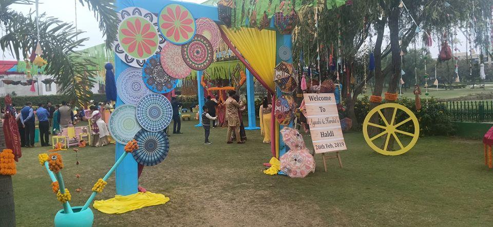 haldi decoration idea using umbrella