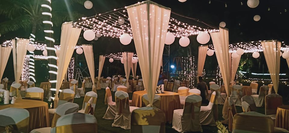 white cloth and light decoration ideas for reception
