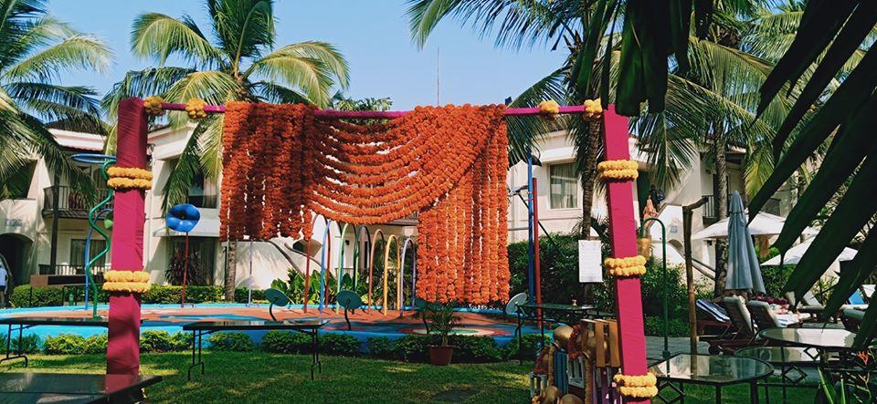 orange marrigold flower decoration idea for wedding