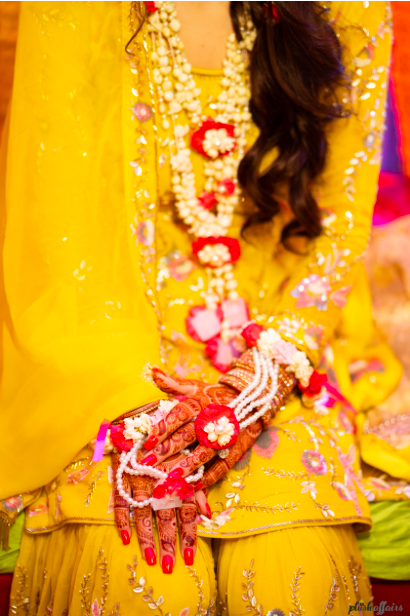 Real flower jewellery for haldi