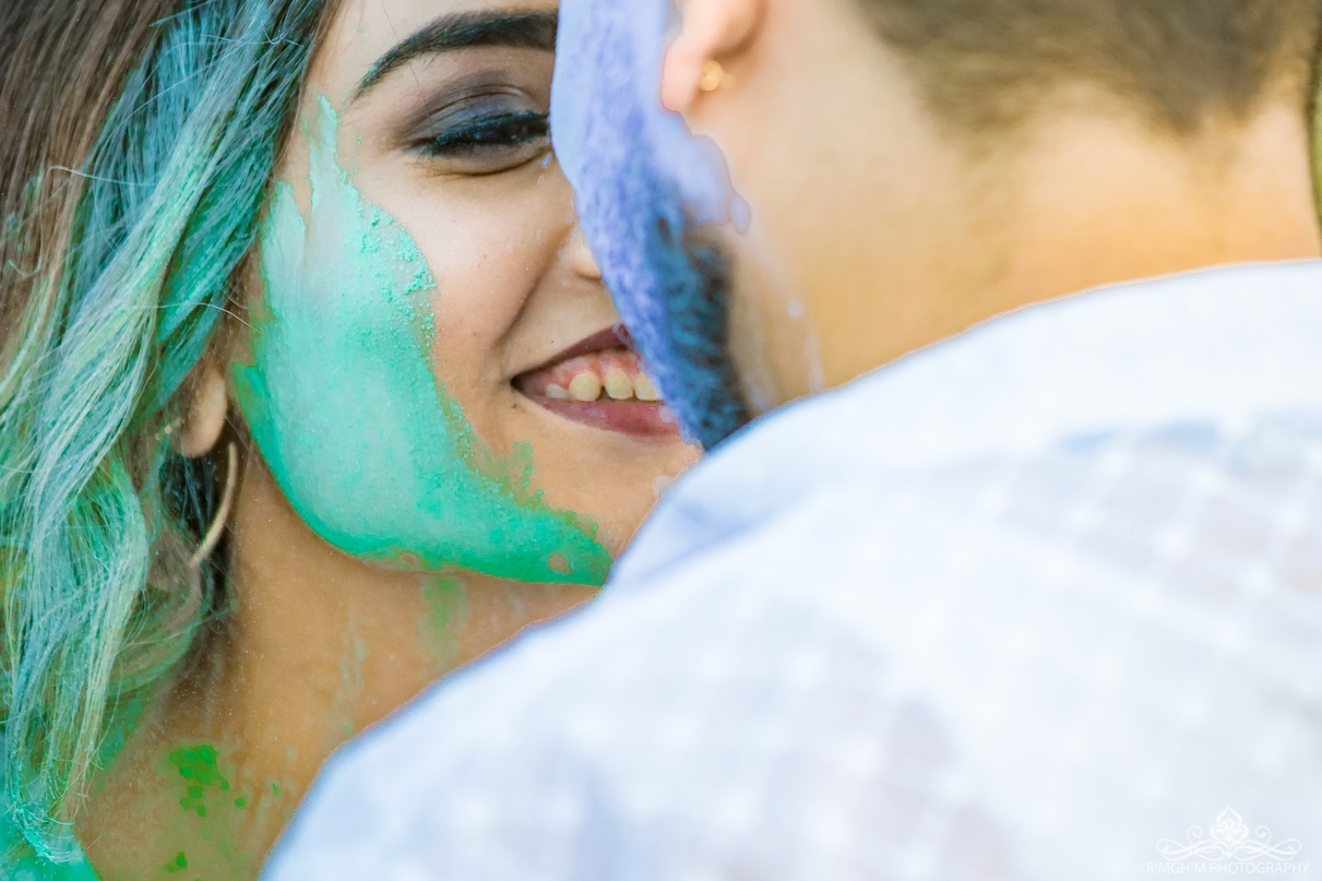 Super cute Holi-themed Pre-wedding Images