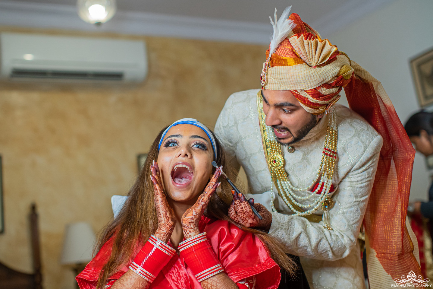 Adorable Indian Bride and Groom Pictures