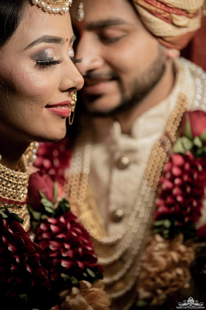 Intimate Couple Shot Ideas