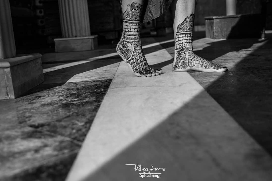 Mehendi Designs for Legs