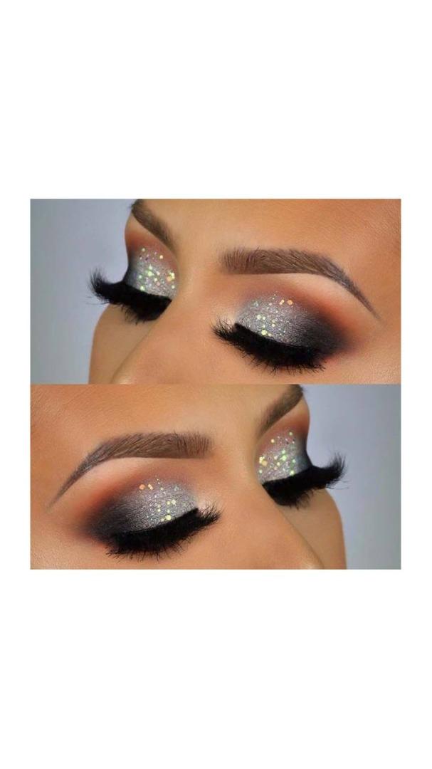 silver metallic eye makeup